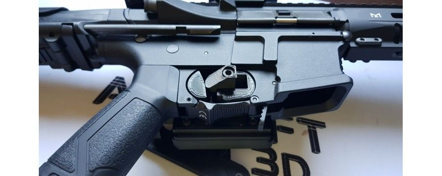 Support holsters for submachine guns or short rifles